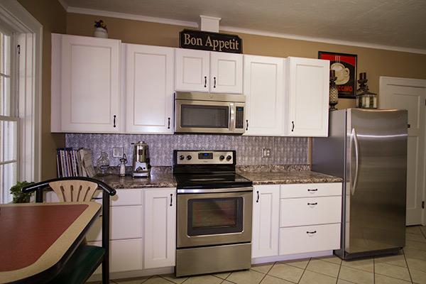 grand_parlor_kitchen-2